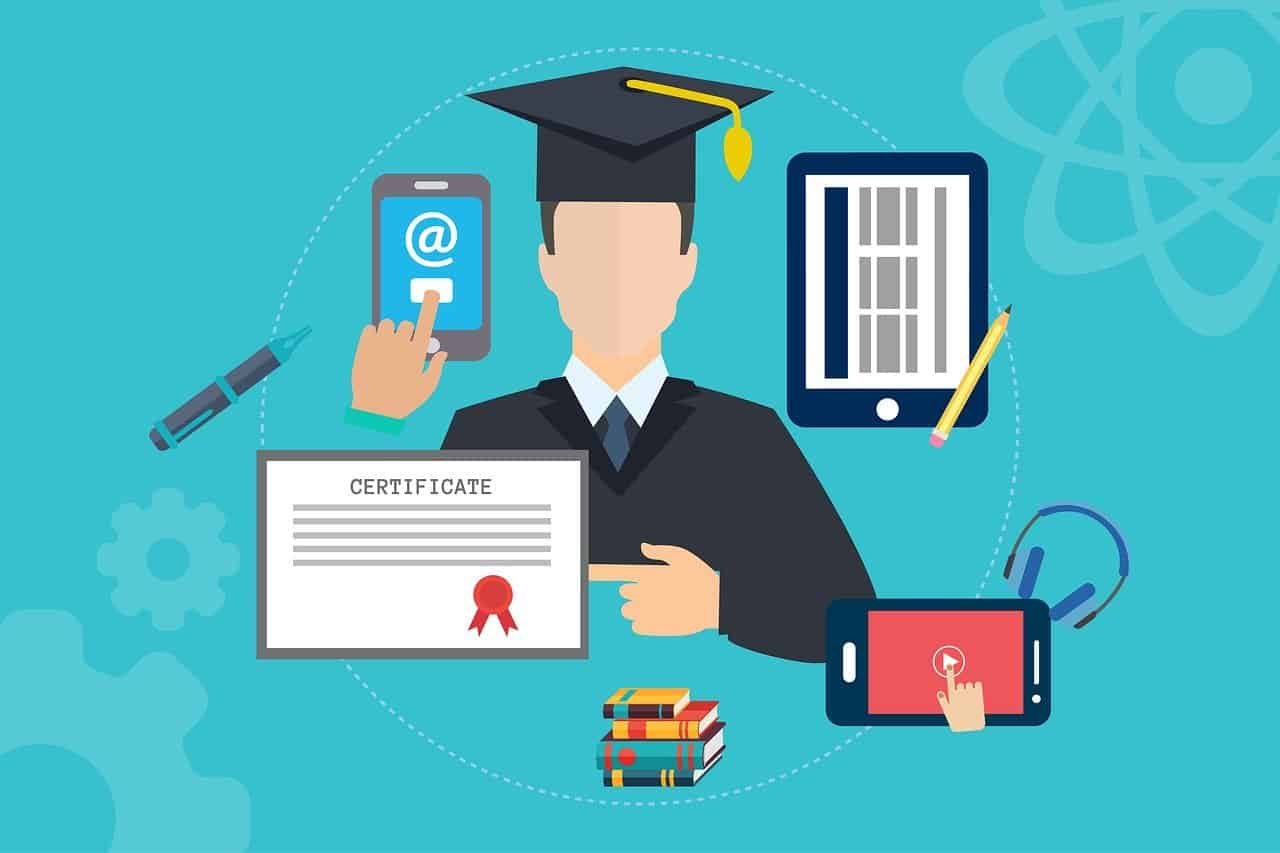 Advantages and Disadvantages of Online Training for Employees